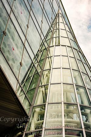 Tokyo Building - Copyright 2017 Steve Leimberg UnSeenImages Com _DSC1941
