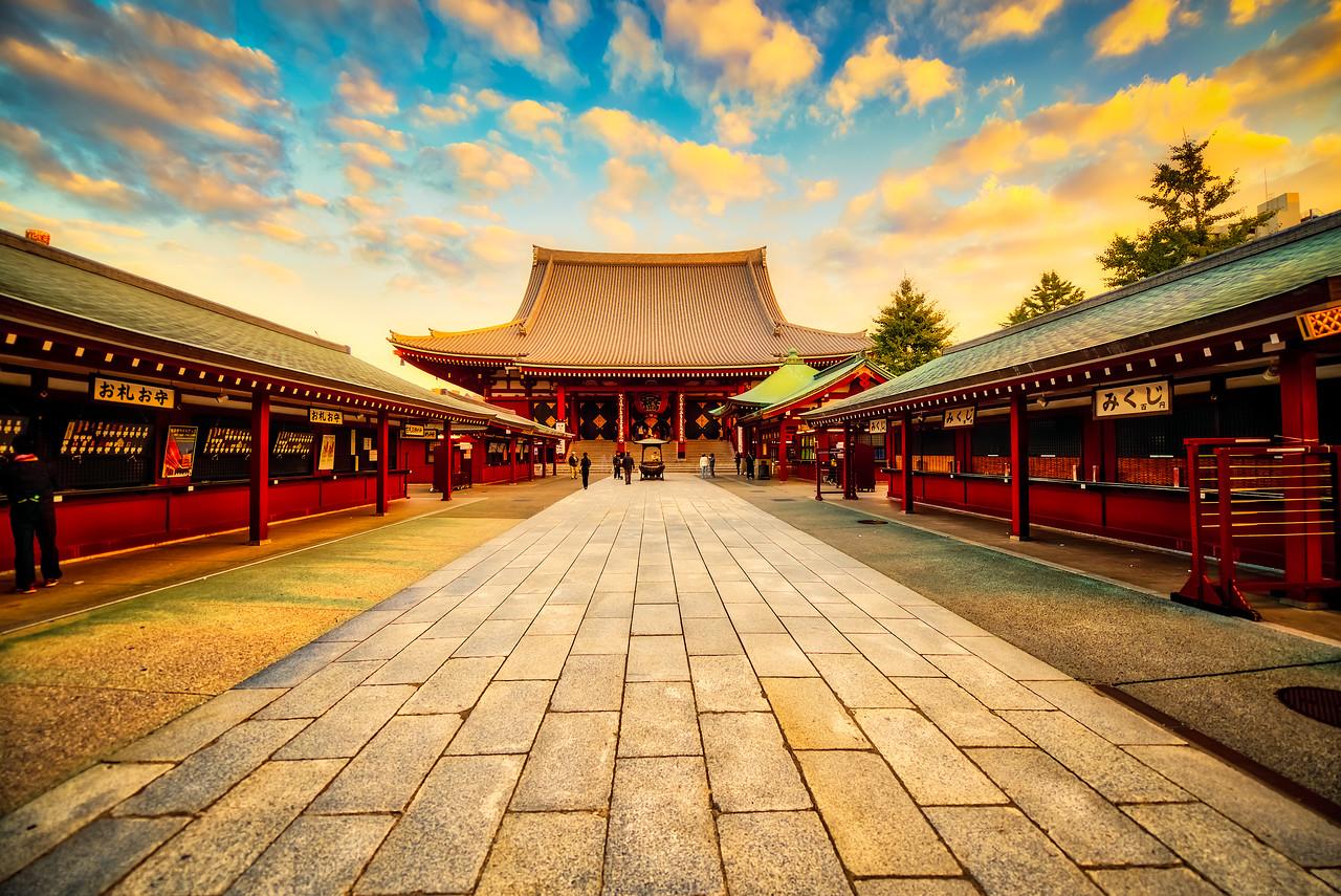 Sensō-ji temple at sunrise