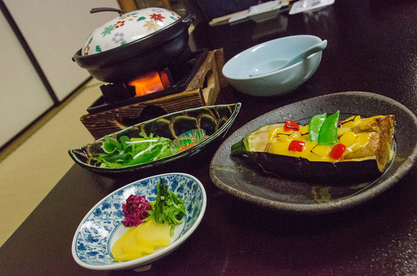 Japanese Food: Hard to find completely vegetarian food
