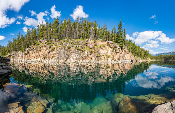 Reflective Panorama at Horseshoe Lake