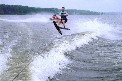 Jay P Skiing at Kentucky Lake July 2006