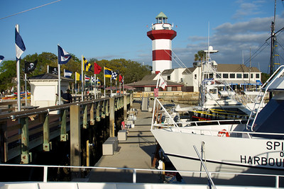 Harbor Town Marina lighthouse.
