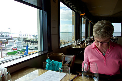 Dinner at the Topside restaurant in Harbor Town Marina