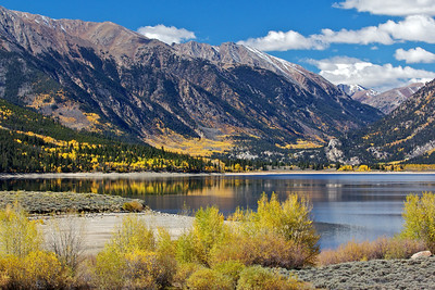 Twin Lakes, fall colors and mountains