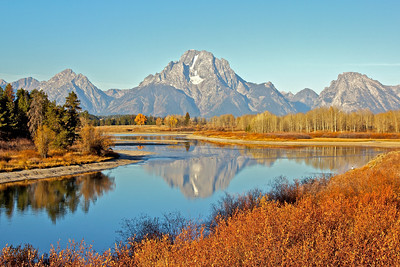 Taken at sunrise at Oxbow Bend lookout, Snake river and Mount Moran. This is at the northern part of the park.
