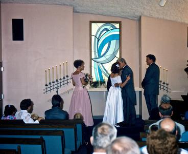 Donna & Jay's wedding, first kiss