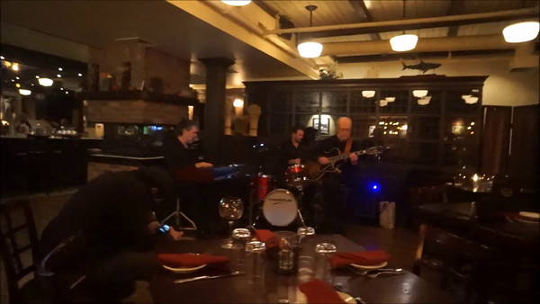 Bob Devos Trio Bob DeVos Mike LeDonne Joe Strasser  at Ricaltons Village Tavern20161110