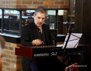 20161013 Bob DeVos Trio w Mike LeDonne  Joe Strasser Ricaltons  011
