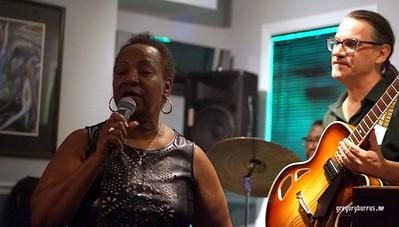 20170620 Carrie Jackson Cafe Carol Jazz Jam 0357