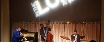 20151128 Gregory Burus at Giantsf Jazz SOPAC 18  333