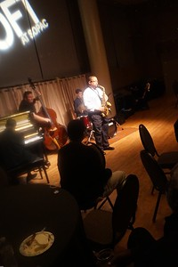 20151128 Gregory Burus at Giantsf Jazz SOPAC 18  327