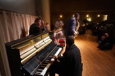 20151128 Gregory Burus at Giantsf Jazz SOPAC 18  321