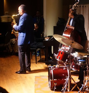 20151128 Gregory Burus at Giantsf Jazz SOPAC 18  341