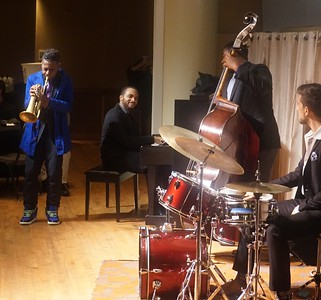 20151128 Gregory Burus at Giantsf Jazz SOPAC 18  337