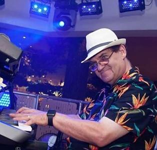 Larry Greenberg Pianists