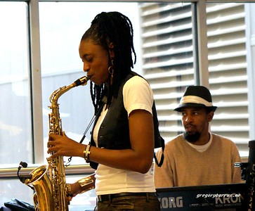 20170405 Jazzy Saxophonist LaKecia Benjamin Band WBGO  38 YR -040