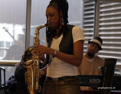 20170405 Jazzy Saxophonist LaKecia Benjamin Band WBGO  38 YR -030