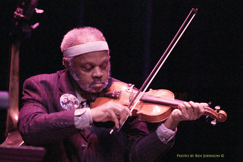 Henry Grimes performing with Rashied Ali<br />  at The Gorddon Theater, Rutgers State College, Camden Campus, Camden, New Jersey February
