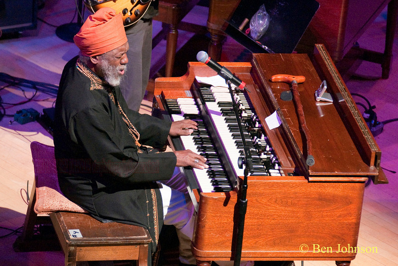 Dr. Lonnie Smith Photo - A Jazz Organ Jam at the Kimmel Center for the Performing Arts in Philadelphia, Pa, April 30, 2010 featuring Trudy Pitts, Joey D. Francesco, John Medeski and Dr. Lonnie Smith
