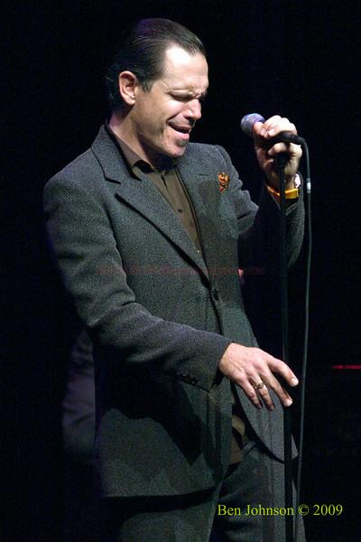 Kurt Elling Photo -Performing at The Kimmel Center in Phialdelphia, PA, November 22, 2009