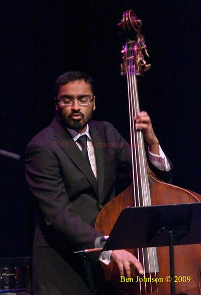 Harish Raghavan Photo -  Performing with Kurt Elling at The Kimmel Center in Phialdelphia, PA, November 22, 2009