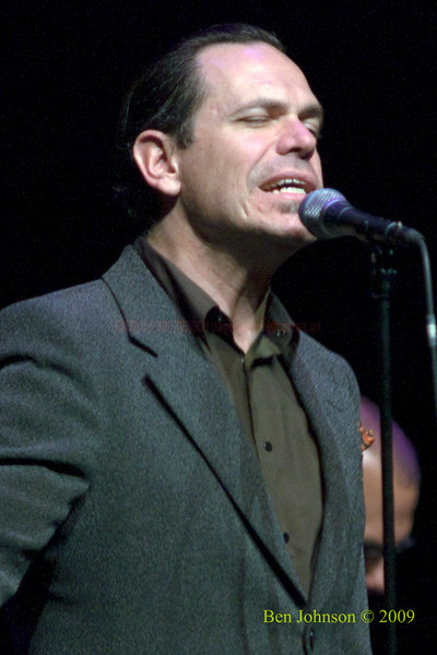 Kurt Elling Photo -Performing at The Kimmel Center in Phialdelphia, PA, November 22, 2009