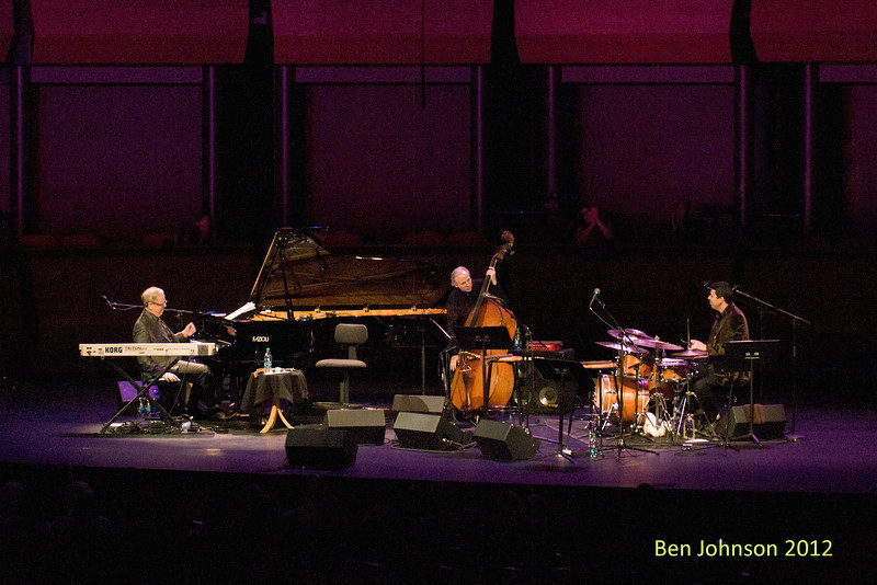 A tribute to Toots Thielemans in Rose Theater in Jazz At Lincoln Center on September 28, 2012 Kenny Werner Piano, Marc Johnson - Bass, Joey Barron - Drums,  Oscar Castro-Neves - Guitar, Dori Caymni - Guitar and Vocals
