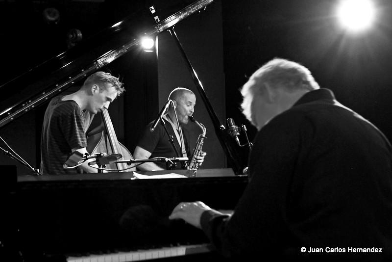 25.03.2012 Breve John Taylor - Hayden Chisolm - Frans Petter Eldh, AMR Jazz Festival, Geneva, Switzerland by Juan Carlos Hernandez