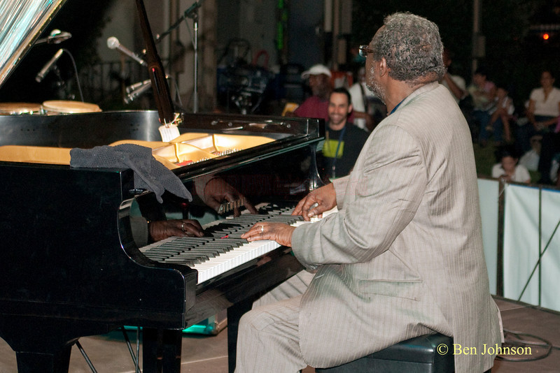 Larry Willis Photo - Jerry Gonzalez & The Fort Apache Band -performing at The 22nd Annual Clifford Brown Jazz Festival in Rodney Square, Wilmington, Delaware, held June 15-20,