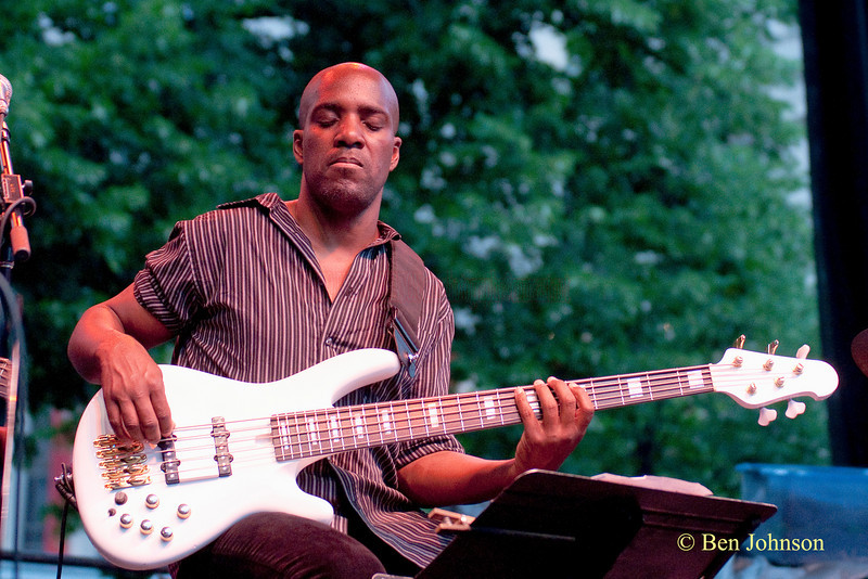 Childo Tomas photo - performing with Omar Sosa at The 22nd Annual Clifford Brown Jazz Festival in Rodney Square, Wilmington, Delaware, held June 15-20, 2010
