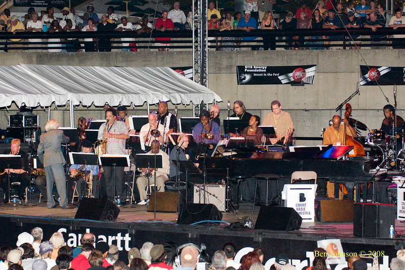 The Gerald Wilson Orchestra  Photo - The 29th Annual Detroit International Jazz Festival, Detroit Michigan, August 29-31, 2008