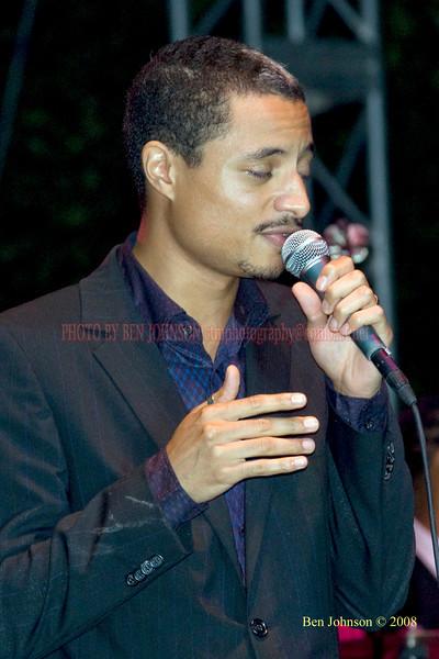 Jose James  Photo - The 29th Annual Detroit International Jazz Festival, Detroit Michigan, August 29-31, 2008