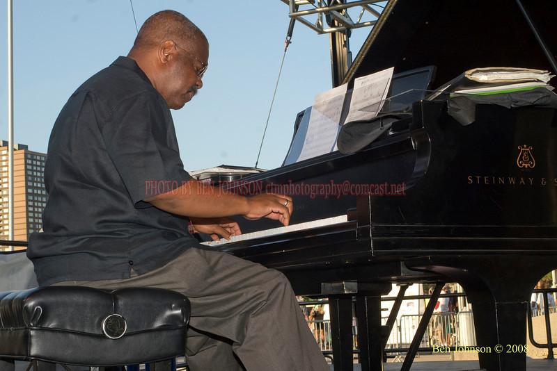 Michael Cochran  Photo - The 29th Annual Detroit International Jazz Festival, Detroit Michigan, August 29-31, 2008