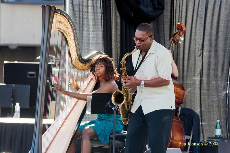 Brandee Younger & Ravi Coltrane  Photo - The 29th Annual Detroit International Jazz Festival, Detroit Michigan, August 29-31, 2008