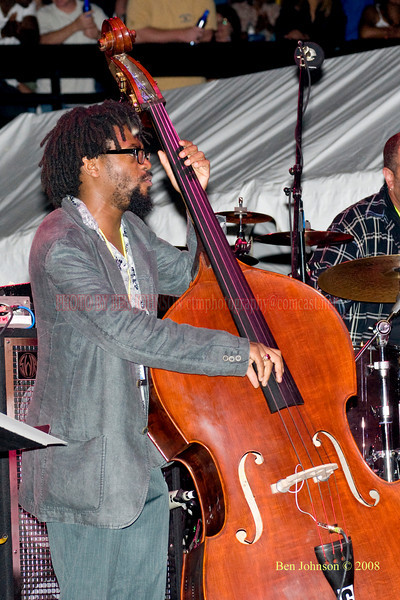 Yunior Terry  Photo - The 29th Annual Detroit International Jazz Festival, Detroit Michigan, August 29-31, 2008