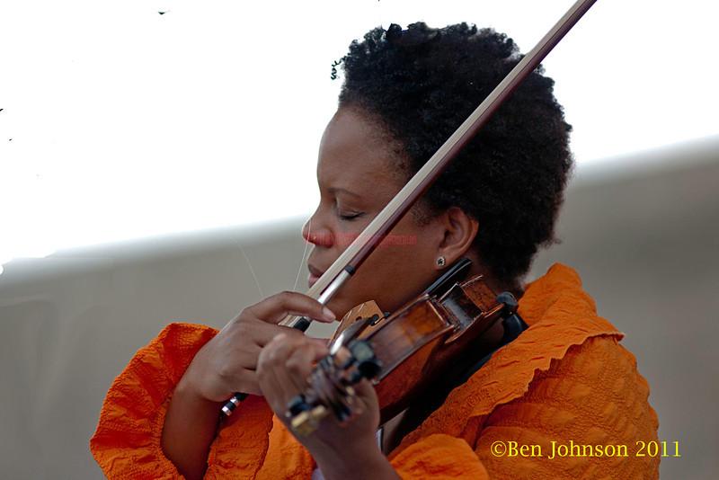Regina Carter performing at  the 2011 Newport Jazz Festival, August 6, 2011