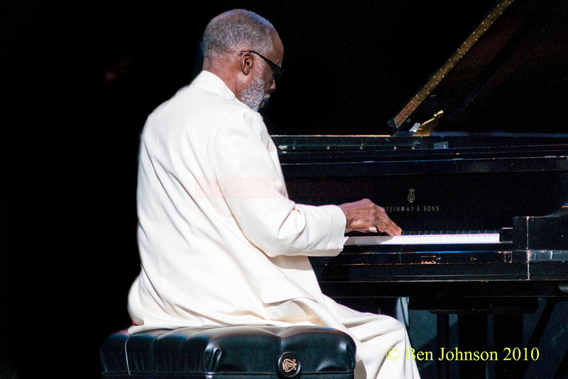 Ahmad Jamal pianist photo - with Ahmad Jamal Performing at The 33rd ANNUAL FREIHOFER'S SARATOGA JAZZ FESTIVAL June 26 - 27, 2010, at The Saratoga Performing Arts Center in Saratoga, NY
