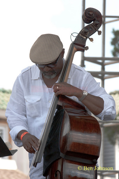 Gerald Cannon photo - performing with Sonny Fortune at The 2010 West Oak Lane Jazz Festival