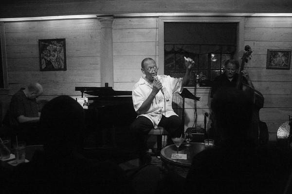 20090911 Bob Henschen Trio with Horace Grigsby