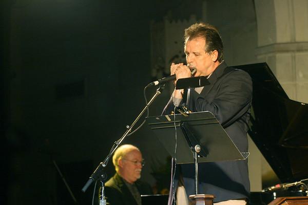 2010 (3) Gary Weldon with Bob Henschen Trio