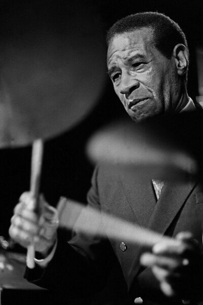 Max Roach performs with his quartet at Yoshi's Nitespot in Oakland, CA on June 6, 1987.