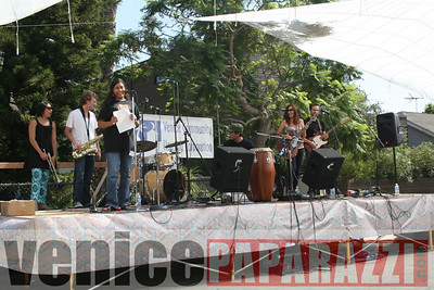 09 21 08  16th Annual Venice Music Festival  www vchcorp org   Photos by Venice Paparazzi (101)