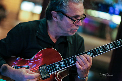 Andy Perri Trio + 1 - Village Grille - 11-4-2017