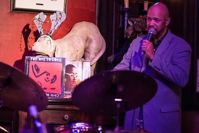 Willie Jones - DIRTY Dog...Jazz Cafe!