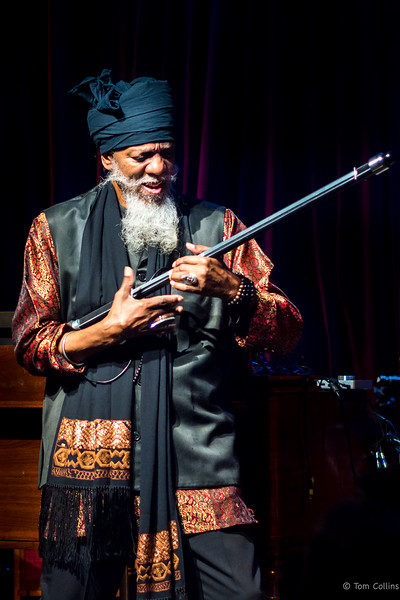 Dr Lonnie Smith