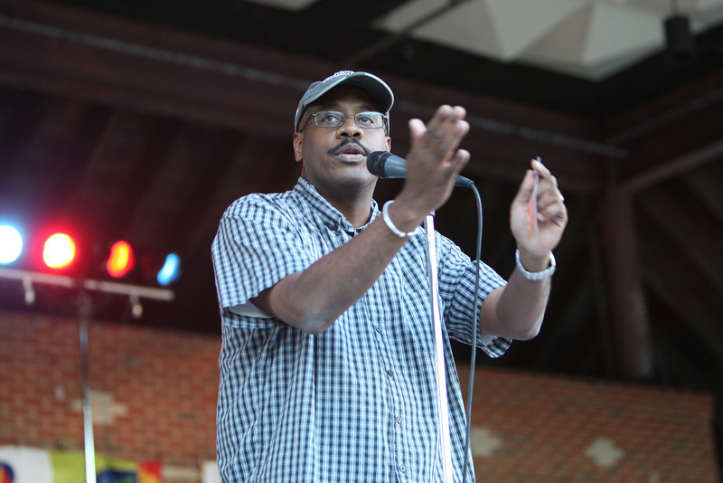 Ronald Wiles, President of The Hartford Jazz Society, informed the gathering of the many jazz events taking place in the Hartford area.
