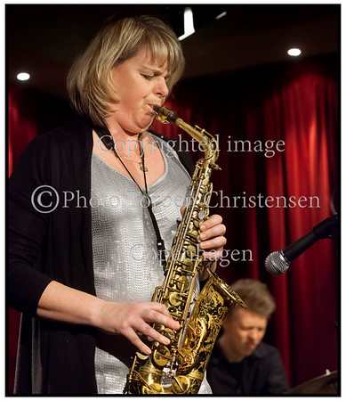 Den canadiske saxofonist Christine Jensen på scenen Jazzhus Montmartre 2012 med Mathias Landeus, piano, Morten Ankerfeldt, bas og Andreas Fryland, trommer   <br /> ------   <br /> The Canadian saxophonist Christine Jensen on stage Jazzhus Montmartre 2012 with Mathias Landeus, piano, Morten Anker Feldt, bass and Andreas Fryland, drums<br />   Photo: © Torben Christensen © Copenhagen