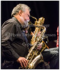 Nordiske Konvoj:Ensemble fremfører ny musik og medbringer fornemme gæster i form af den svenske pianist Sten Sandell samt den legendariske engelske avantgarde-saxofonist Evan Parker i Jazzhouse tirsdag 9. oktober 2012. Evan Parker - saxofon, Sten Sandell - flygel, Ola Paulson - saxofon, Lotte Anker - saxofon, Liudas Mockûnas - bassaxofon, Jakob Riis - laptop/elektronik, Anders Uddeskog - slagtøj Photo: Torben Christensen © Copenhagen  -----  Nordic Convoy: Ensemble plays new music and bring distinguished guests in the form of Swedish pianist Sten Sandell and the legendary British avant-garde saxophonist Evan Parker Jazz House Tuesday, October 9, 2012. Evan Parker - saxophone, Sten Sandell - grand piano, Ola Paulson - Saxophone Lotte Anker - saxophone, Liudas Mockûnas - bassaxofon, Jacob Riis - laptop / electronics, Anders Uddeskog - percussion  Photo: © Torben Christensen © Copenhagen