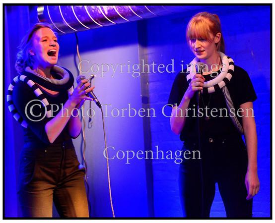 Kvindemusikfestival. Kvindekoret IKI på scene i Paradise Jazz i Huset lørdag 10. november 2012 Photo: Torben Christensen © Copenhagen