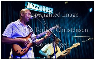 Lionel Loueke Trio  Jazzhouse 2012